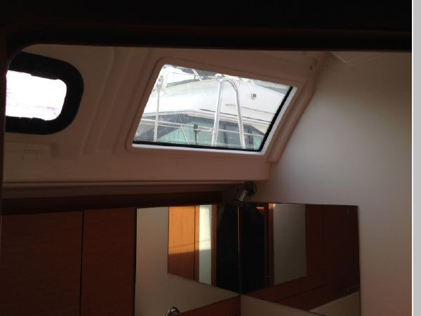 2011 JEANNEAU 53 Cruising Sailboat 2591692