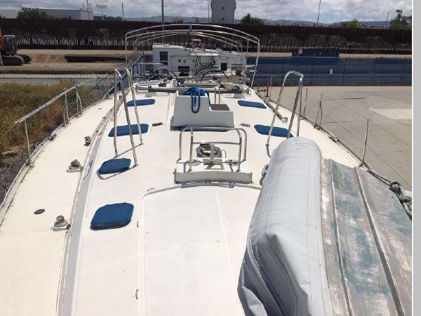 1996 JEANNEAU Sun Odyssey 52.2 Cruising/Racing Sailboat 2591711