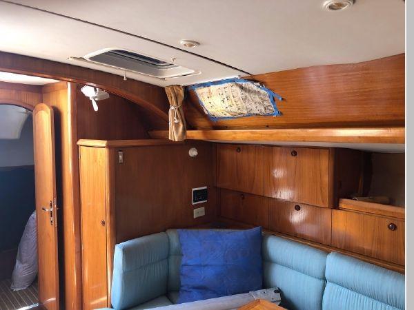 1996 JEANNEAU Sun Odyssey 52.2 Cruising/Racing Sailboat 2591719