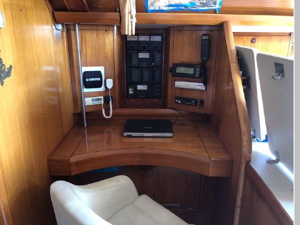 1996 JEANNEAU Sun Odyssey 52.2 Cruising/Racing Sailboat 2591725