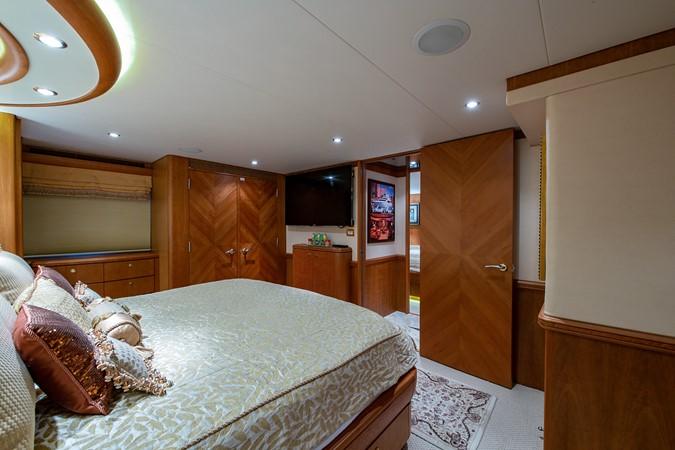 2006 CHEOY LEE 84 Bravo Motor Yacht 2602337