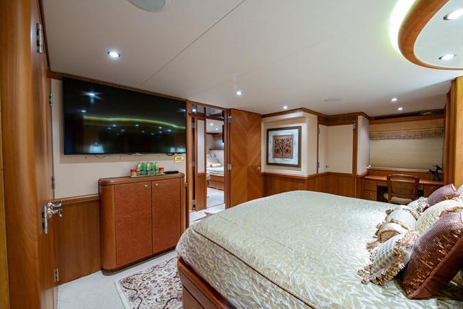 2006 CHEOY LEE 84 Bravo Motor Yacht 2602338