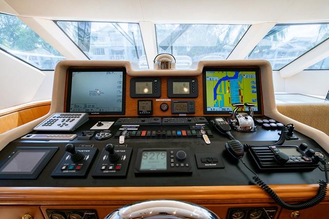 2006 CHEOY LEE 84 Bravo Motor Yacht 2602347
