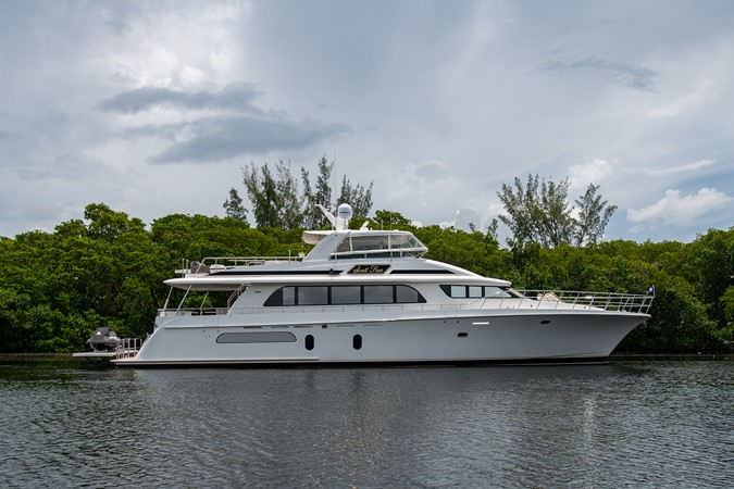2006 CHEOY LEE 84 Bravo Motor Yacht 2602393
