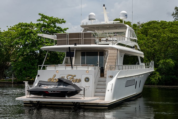 2006 CHEOY LEE 84 Bravo Motor Yacht 2602398