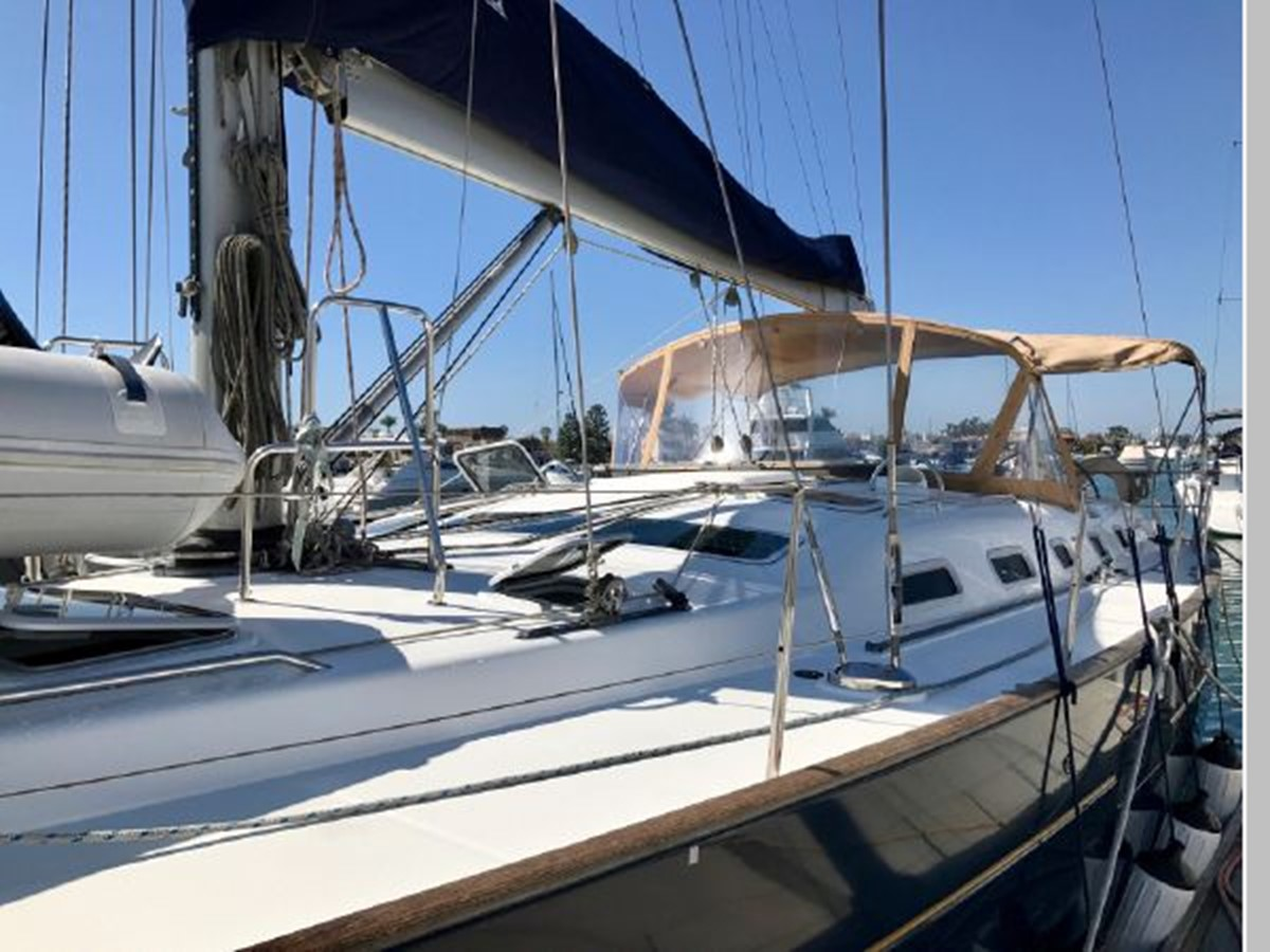 2006 BENETEAU 523 Cruising/Racing Sailboat 2592716