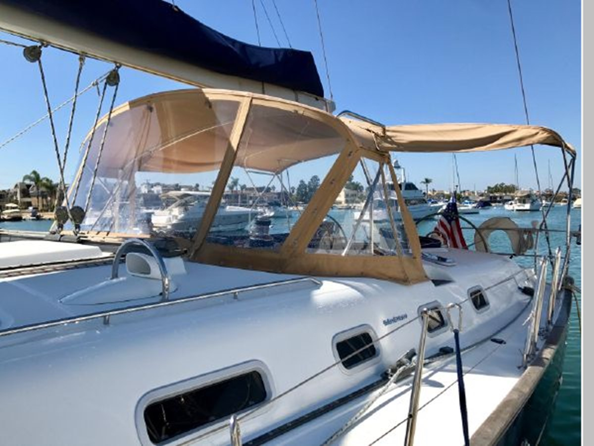 2006 BENETEAU 523 Cruising/Racing Sailboat 2592720