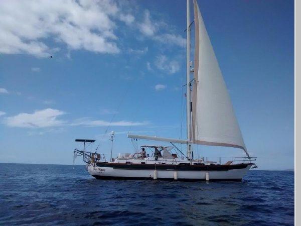 1985 PASSPORT YACHTS 51 Cruising Sailboat 2592814