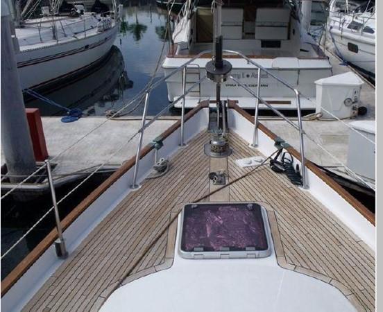 1985 PASSPORT YACHTS 51 Cruising Sailboat 2592822