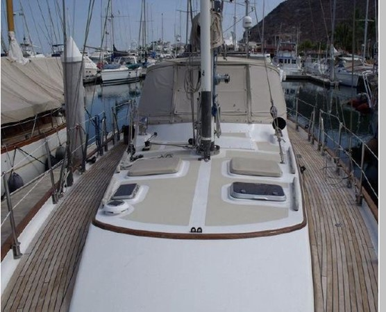 1985 PASSPORT YACHTS 51 Cruising Sailboat 2592823