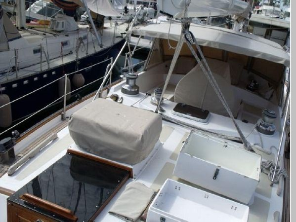 1985 PASSPORT YACHTS 51 Cruising Sailboat 2592824
