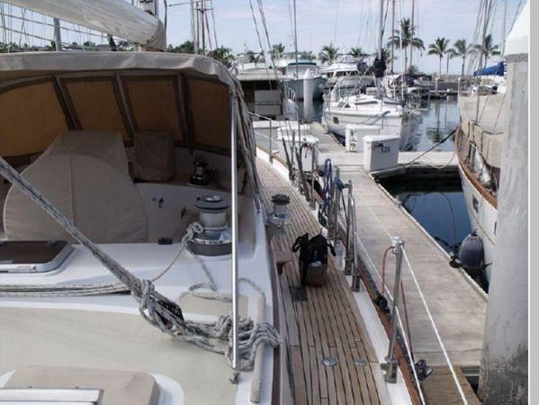 1985 PASSPORT YACHTS 51 Cruising Sailboat 2592825