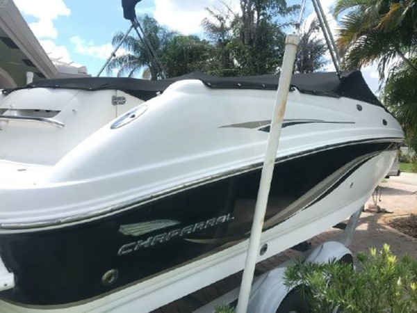 2002 CHAPARRAL  Runabout 2686363