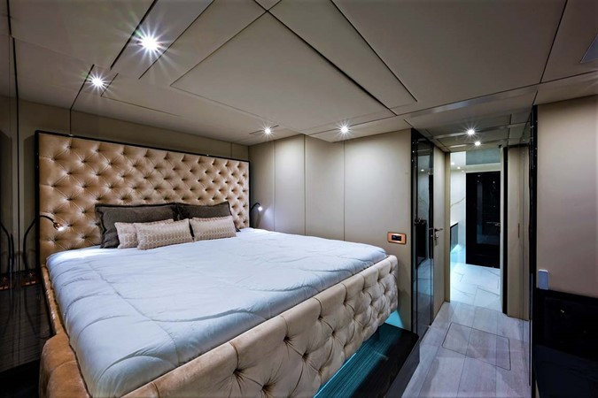 Master Stateroom 2018 SUNREEF 68 Supreme Power Catamaran 2595710