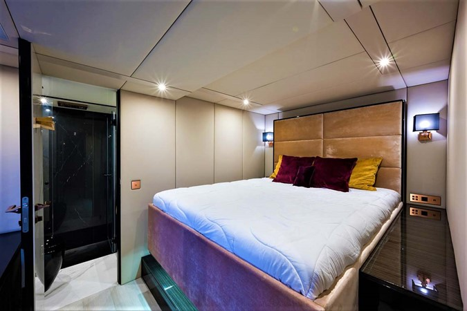 VIP Stateroom 2018 SUNREEF 68 Supreme Power Catamaran 2595720