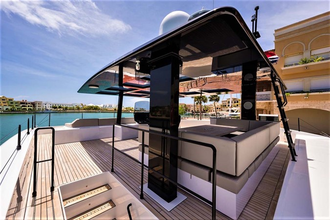 Flybridge 2018 SUNREEF 68 Supreme Power Catamaran 2595750
