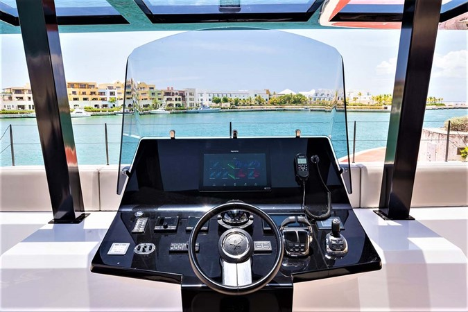 Flybidge Helm 2018 SUNREEF 68 Supreme Power Catamaran 2595760