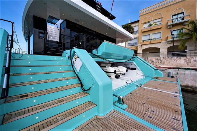 Swim Platform and Garage 2018 SUNREEF 68 Supreme Power Catamaran 2595776