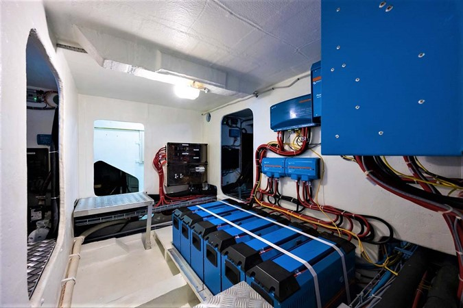 Pump and Mechanical Room 2018 SUNREEF 68 Supreme Power Catamaran 2595788