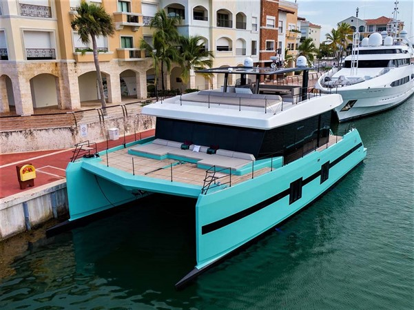 Port Bow at Dock 2018 SUNREEF 68 Supreme Power Catamaran 2595795