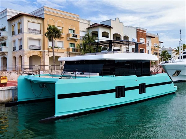 Port Bow 2018 SUNREEF 68 Supreme Power Catamaran 2595796