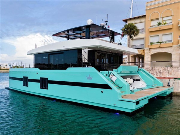 Port Aft Quarter 2018 SUNREEF 68 Supreme Power Catamaran 2595798