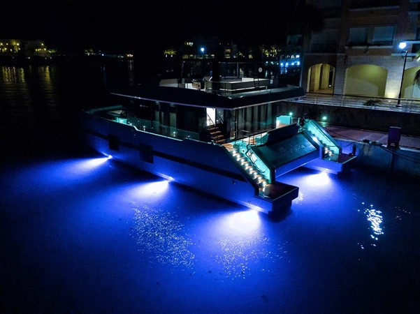 Night Lighting 2018 SUNREEF 68 Supreme Power Catamaran 2595801