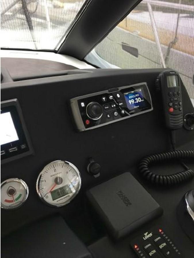 2016 JEANNEAU NC 14 Motor Yacht 2594406
