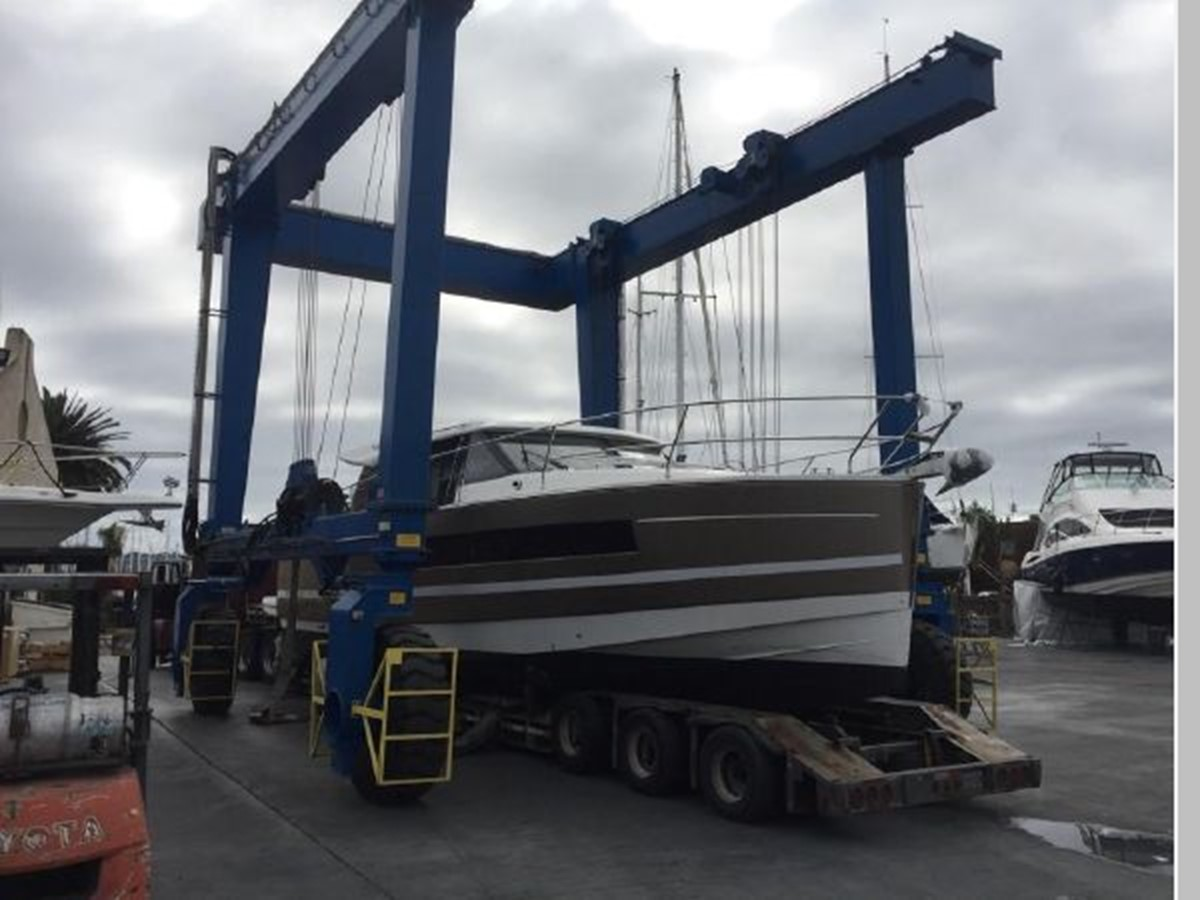 2016 JEANNEAU NC 14 Motor Yacht 2594468