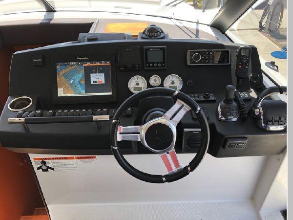 2016 JEANNEAU NC 14 Motor Yacht 2594404