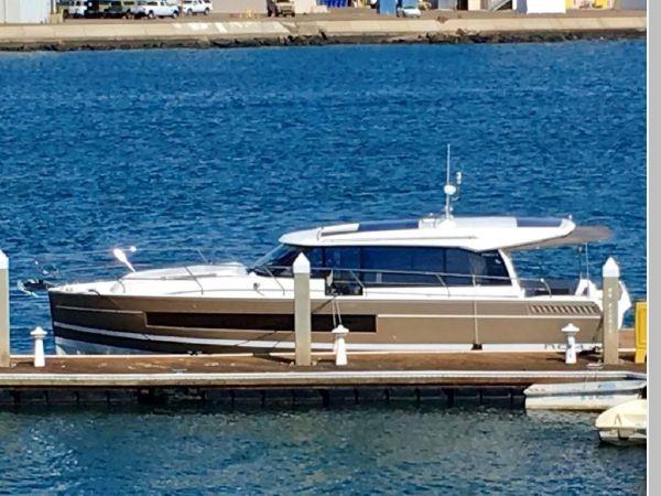 2016 JEANNEAU NC 14 Motor Yacht 2594463
