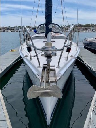 2011 HUNTER 45 Deck Salon Cruising/Racing Sailboat 2595055