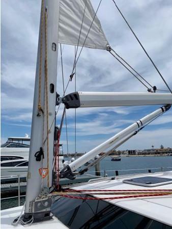 2011 HUNTER 45 Deck Salon Cruising/Racing Sailboat 2595060