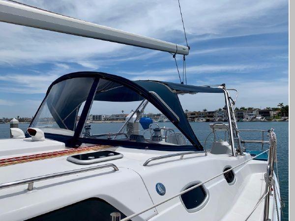 2011 HUNTER 45 Deck Salon Cruising/Racing Sailboat 2595062