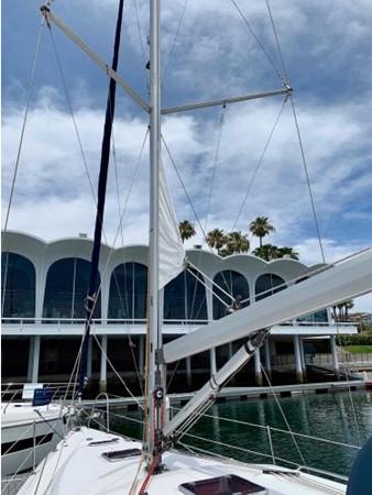 2011 HUNTER 45 Deck Salon Cruising/Racing Sailboat 2595065