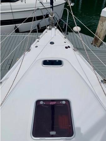 2011 HUNTER 45 Deck Salon Cruising/Racing Sailboat 2595067