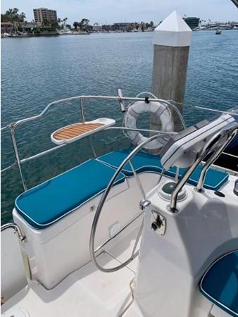 2011 HUNTER 45 Deck Salon Cruising/Racing Sailboat 2595078