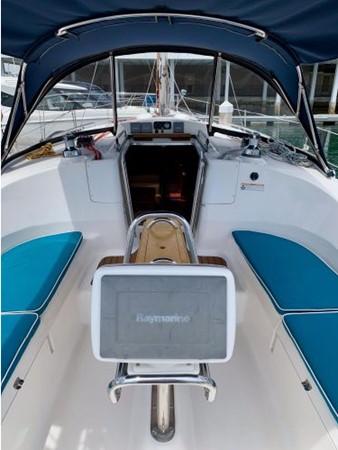 2011 HUNTER 45 Deck Salon Cruising/Racing Sailboat 2595082