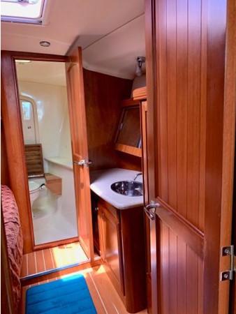 2011 HUNTER 45 Deck Salon Cruising/Racing Sailboat 2595105