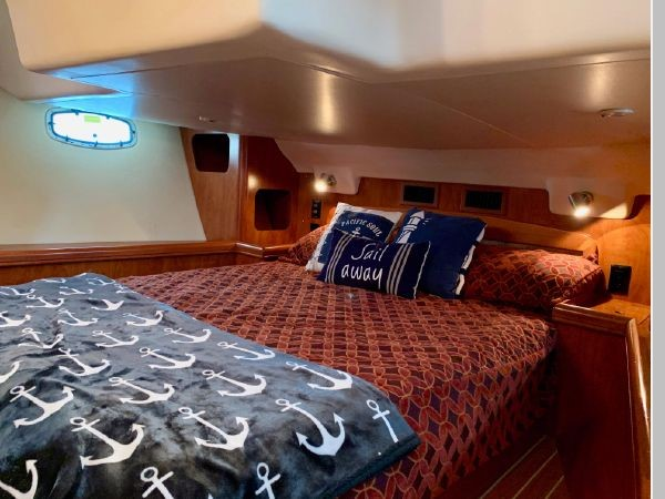 2011 HUNTER 45 Deck Salon Cruising/Racing Sailboat 2595120