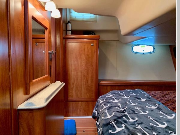2011 HUNTER 45 Deck Salon Cruising/Racing Sailboat 2595121