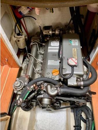 2011 HUNTER 45 Deck Salon Cruising/Racing Sailboat 2595124