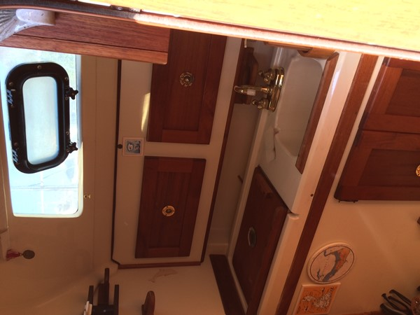 1990 HUNTER MARINE 30-2 Cruising/Racing Sailboat 2595837