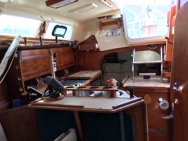 1990 HUNTER MARINE 30-2 Cruising/Racing Sailboat 2595859