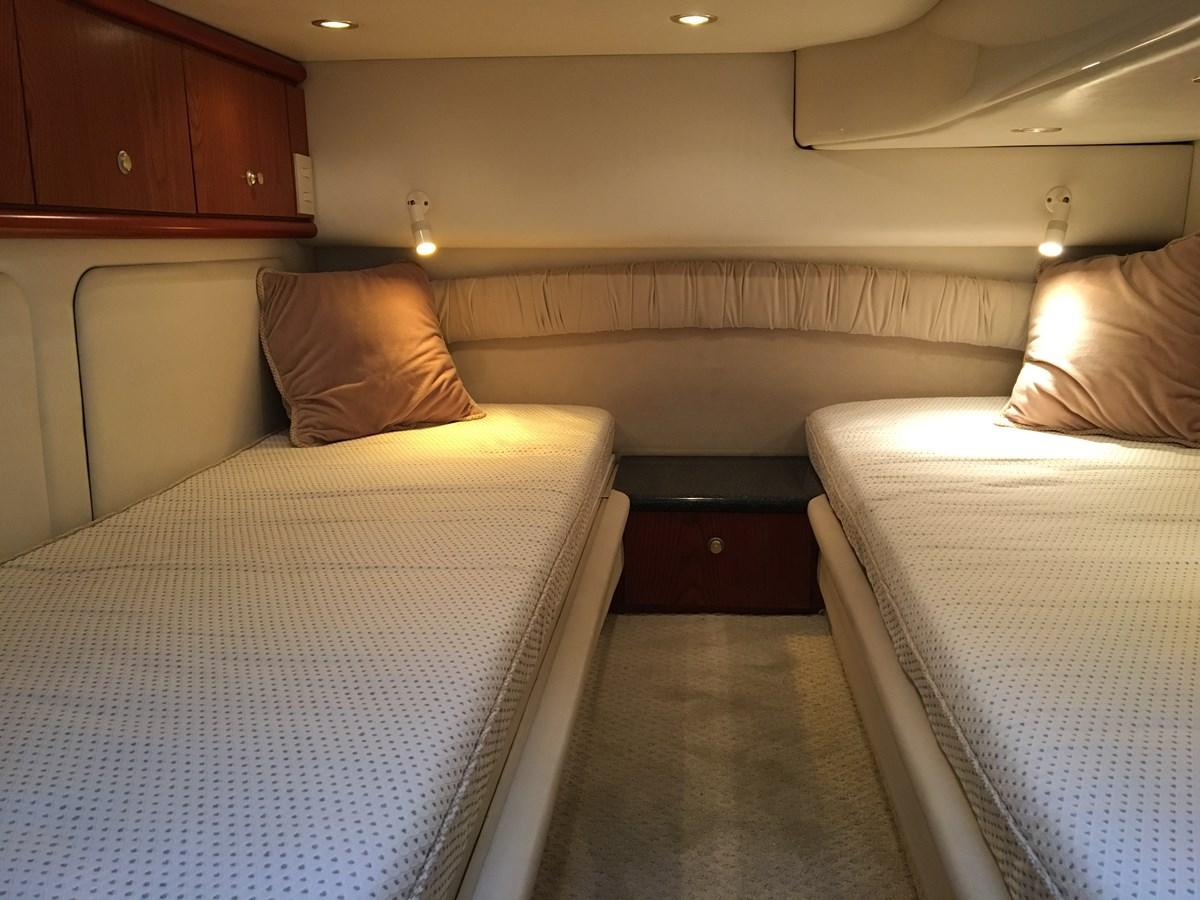 IMG_5994 2001 MAXUM 4600 SCB Motor Yacht 2596419