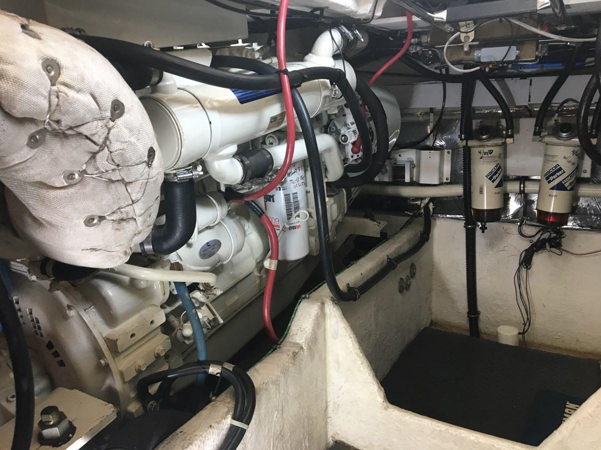IMG_5946 2001 MAXUM 4600 SCB Motor Yacht 2596439