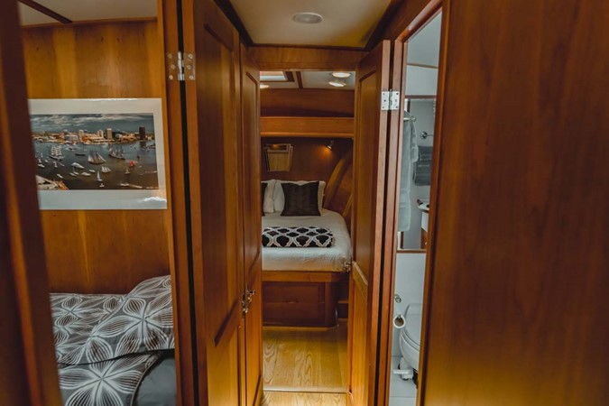 Passageway 2007 CUSTOM Downeast Eastbay Style Cruiser 2597052