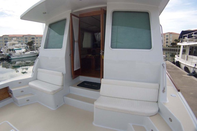 Cockpit forwar 2007 CUSTOM Downeast Eastbay Style Cruiser 2597067