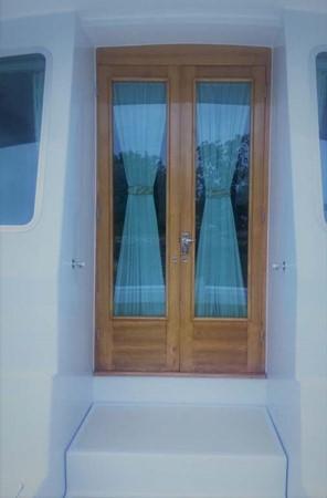 Aft Double Door entrance to Main Salon 2007 CUSTOM Downeast Eastbay Style Cruiser 2597071