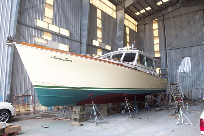 Out of Water profile 2007 CUSTOM Downeast Eastbay Style Cruiser 2597083